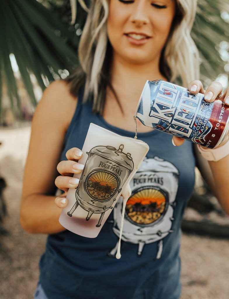 Four Peaks Grundy Glass and Tank Top